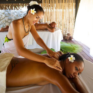 spa-couple-massage-kia-ora-rangiroa